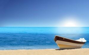 barque-en-bord-de-mer-mers-oceans-plages-nature