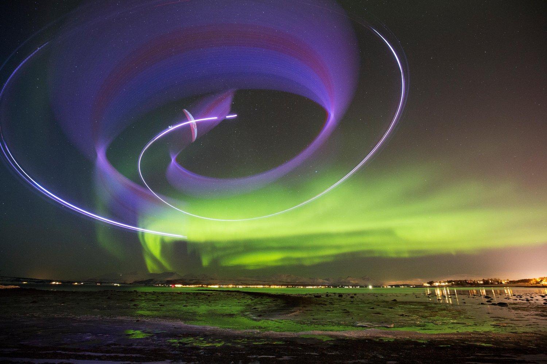 horacio-llorens-parapente-aurore-boreale