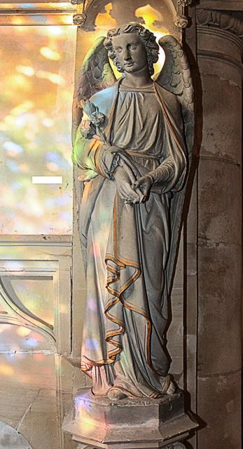 monument_eglise_statue_gabriel