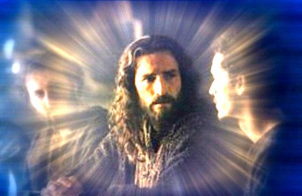 Jesus-Christ-Shines